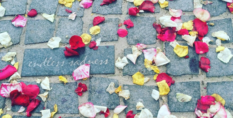 pavers-with-rose-petals-at-unveiling-ceremony